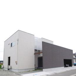 A邸 富山県高岡市