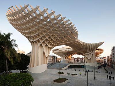 世界最大の木造建築物 インサイ...